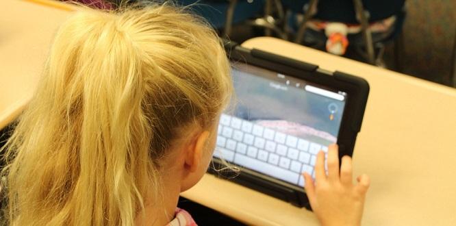 [école numérique] Un rapport du PISA souligne la (relative) maîtrise des compétences numériques des jeunes Français