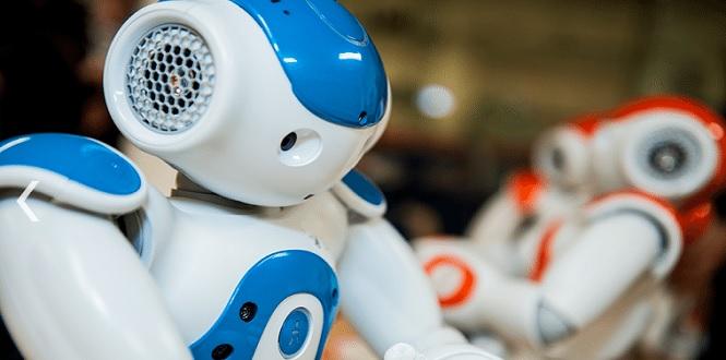[Langues] Nao, le robot qui enseigne les langues aux réfugiés