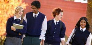 L'uniforme à l'école : retour vers le futur à Provins