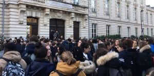Près de deux cents lycées bloqués depuis lundi